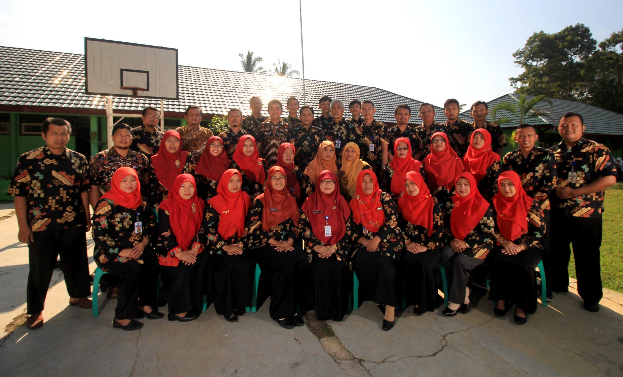 Foto bersama PTK